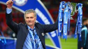 jose-mourinho-trophy_3271361